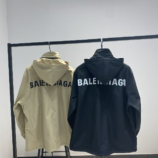 バレンシアガ(Balenciaga)の新品ジャケット(ナイロンジャケット)