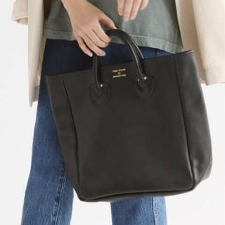 IENA - YOUNG&OLSEN☆EMBOSSED レザートートバッグ