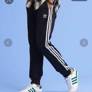 adidas - 【値下げ中】adidas originalsトラックパンツ ジャージ