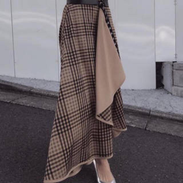 Ameri VINTAGE(アメリヴィンテージ)の✨新品✨ameri チェックスカート レディースのスカート(ロングスカート)の商品写真