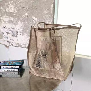 トーガ(TOGA)のメッシュトートバッグ 鞄 肩がけ エコバッグ ライトベージュ 内ポッケあり(トートバッグ)