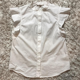 イエナスローブ(IENA SLOBE)のUnaca ノースリーブシャツ ブラウス IENA 半袖シャツ フリル  袖(シャツ/ブラウス(半袖/袖なし))