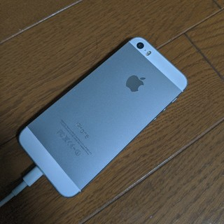 アイフォーン(iPhone)のdocomo iPhone5s 16GB シルバージャンク(スマートフォン本体)
