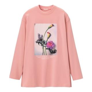 ジーユー(GU)のGUグラフィックロングスリーブT(長袖)B 花 フラワー Lサイズ ピンク(Tシャツ(長袖/七分))