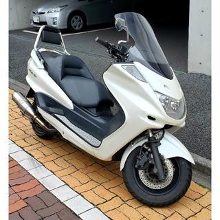 ヤマハ - バイク マジェスティC ホワイト SG03J 250cc 駐車場屋根有