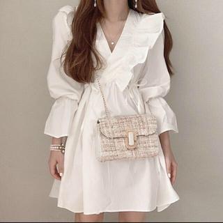 dholic - 【予約商品】Vネック フリル ワンピース ひざ丈 秋服 韓国ファッション