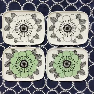 マリメッコ(marimekko)のmarimekko KESTIT プレート4枚セット(食器)