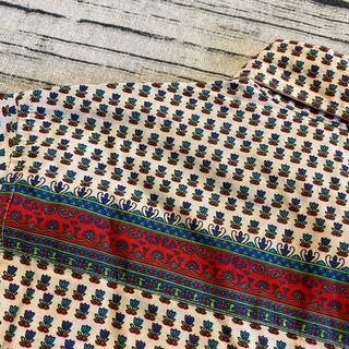 ビームス(BEAMS)のBEAMS HEART ポケット赤のライン 総柄のシャツ (シャツ/ブラウス(長袖/七分))