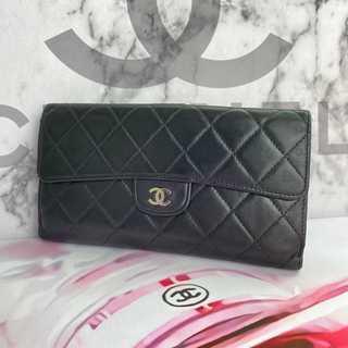 シャネル(CHANEL)の美品✨ シャネル マトラッセ 正規品 二つ折り 長財布(財布)