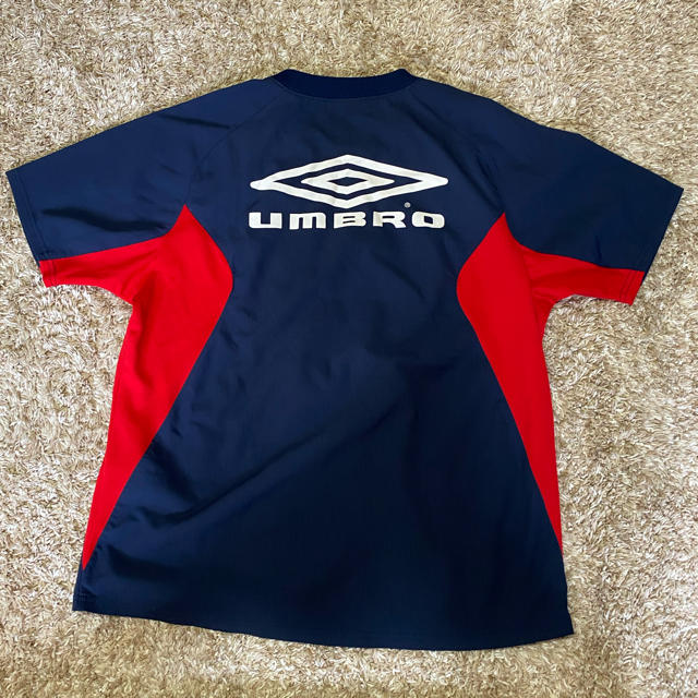 UMBRO(アンブロ)の【UMBRO】スポーツ Tシャツ 160cm ピステ サッカー スポーツ/アウトドアのサッカー/フットサル(ウェア)の商品写真
