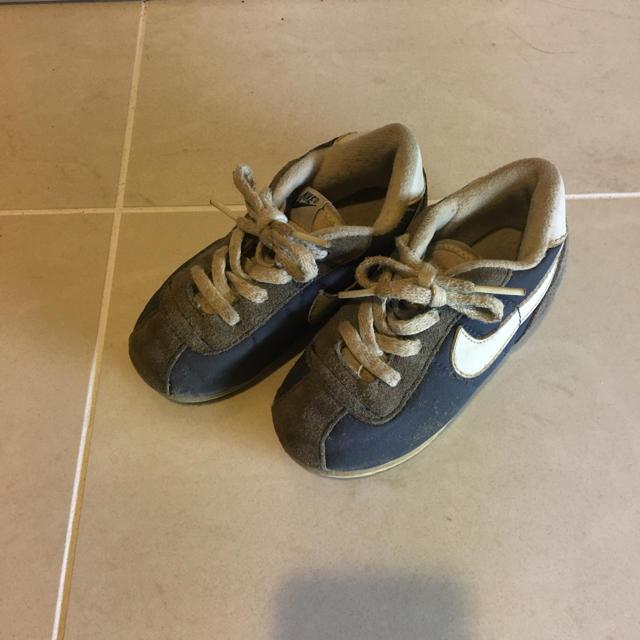 NIKE(ナイキ)のナイキ スニーカー キッズサイズ キッズ/ベビー/マタニティのキッズ靴/シューズ(15cm~)(スニーカー)の商品写真