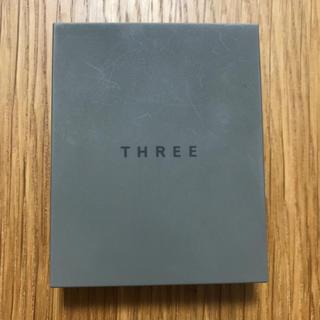 スリー(THREE)のTHREE シマリング グロー デュオ01(その他)