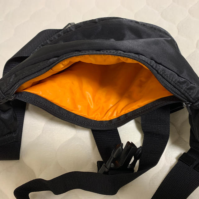 PORTER(ポーター)のPORTER 吉田カバン ウエストバック・ボディバッグ メンズのバッグ(ボディーバッグ)の商品写真