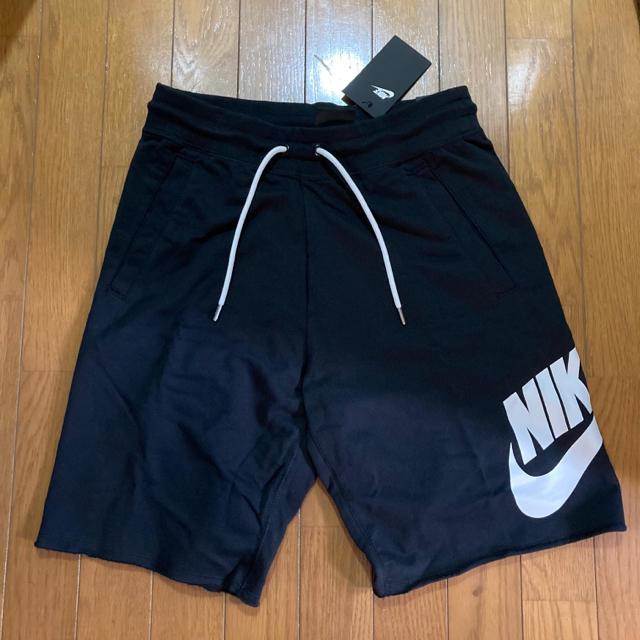 NIKE(ナイキ)の新品 NIKE ナイキ ハーフパンツ Mサイズ ブラック スウェット 黒白 メンズのパンツ(ショートパンツ)の商品写真