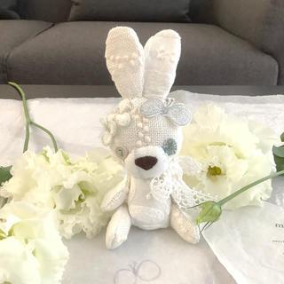 ミナペルホネン(mina perhonen)のホワイトうさぎ♡タンバリン♡dear♡カーニバル♡サムタイムズラッキー♡(ぬいぐるみ)