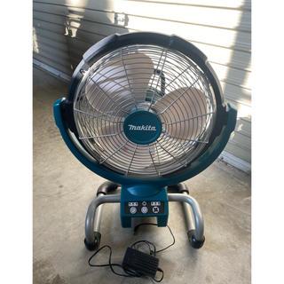 マキタ(Makita)のマキタ 扇風機CF300D 本体 ACアダプター付き 未使用(扇風機)