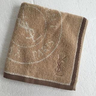 イヴサンローランボーテ(Yves Saint Laurent Beaute)の🌟新品🌟イヴ・サンローラン タオルハンカチ(ハンカチ)