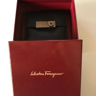 サルヴァトーレフェラガモ(Salvatore Ferragamo)のフェラガモ  二つ折り 財布(財布)