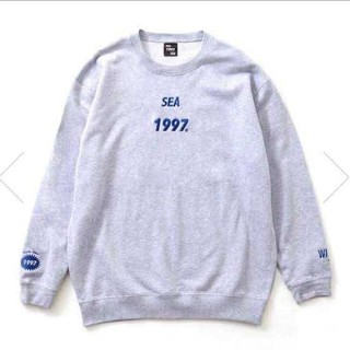 L youth  loser wind  and sea crewneck