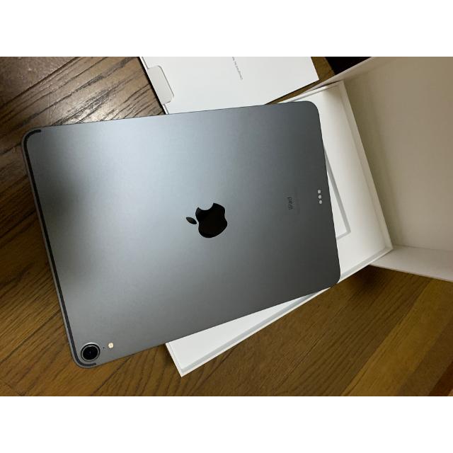 Apple(アップル)のiPad Pro11 第一世代(Wifi) スペースグレイ256GB スマホ/家電/カメラのPC/タブレット(タブレット)の商品写真