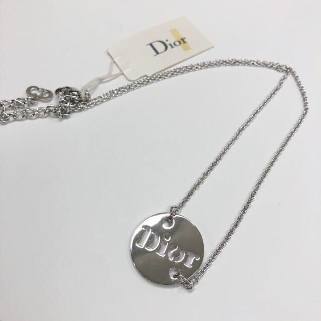 Dior(ディオール)のDior ディオール アクセサリー ネックレス シルバー 新品未使用 レディースのアクセサリー(ネックレス)の商品写真
