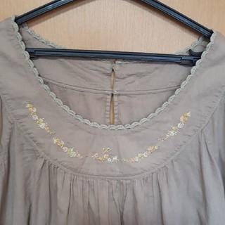 franche lippee - フランシュリッペ お花刺繍ブラウス シェリーラファム