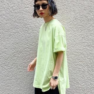 ページボーイ(PAGEBOY)のビッグTシャツ ハイネック 黄緑(Tシャツ(半袖/袖なし))