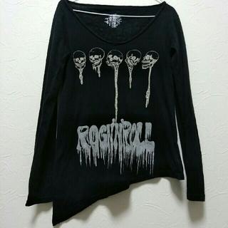 グラッドニュース(GLAD NEWS)のGLADNEWS 黒 ロンT 裾が斜め ドクロ スカル (Tシャツ(長袖/七分))