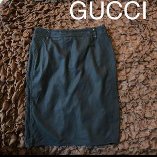 グッチ(Gucci)のGUCCI★超美ラインな黒のタイトスカート★バックスリット★オフィスカジュアル(ひざ丈スカート)