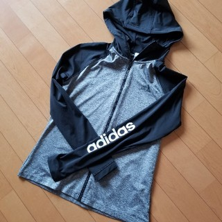 adidas - アディダスパーカー