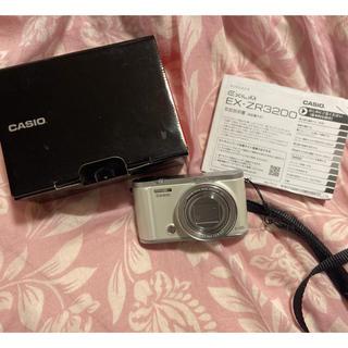カシオ(CASIO)のEX-ZR3200(コンパクトデジタルカメラ)