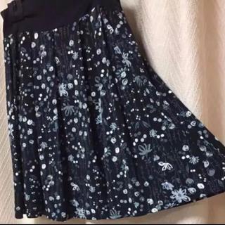 セシール(cecile)の柄スカート(ひざ丈スカート)