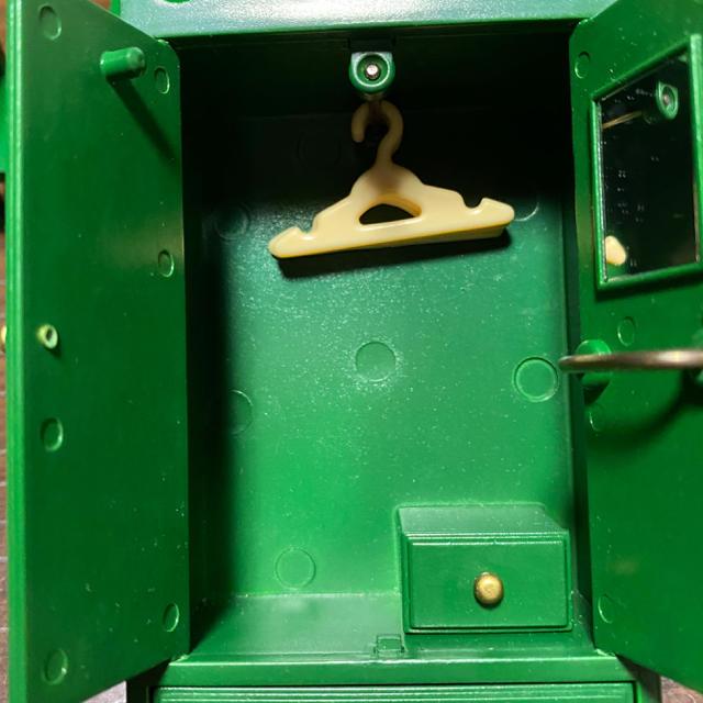 EPOCH(エポック)のシルバニア 緑の家具セット♪ エンタメ/ホビーのおもちゃ/ぬいぐるみ(キャラクターグッズ)の商品写真
