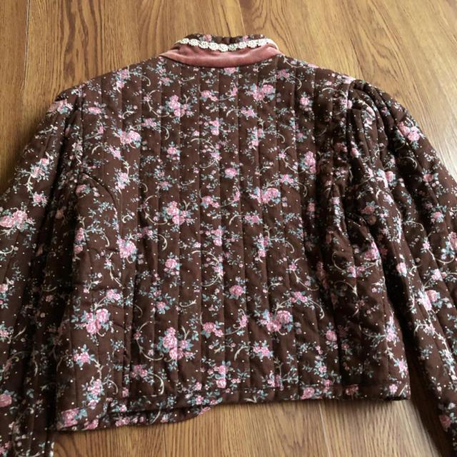 GUNNE SAX(ガニーサックス)のガニーサックス 70年代 花柄 レース キルト ベロア ジャケット レディースのジャケット/アウター(ノーカラージャケット)の商品写真