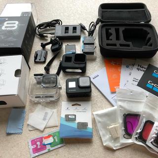 ゴープロ(GoPro)のgopro hero8 美品  アクセサリー多数(コンパクトデジタルカメラ)