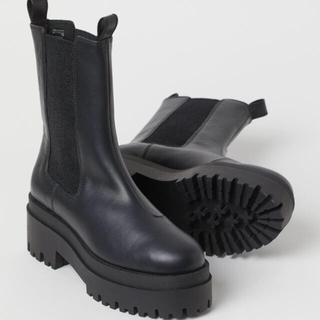 エイチアンドエム(H&M)のh&m 完売 プラットフォームチェルシーブーツ39(ブーツ)