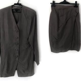 ノーベスパジオ(NOVESPAZIO)のノーベスパジオ スカートスーツ サイズM(スーツ)