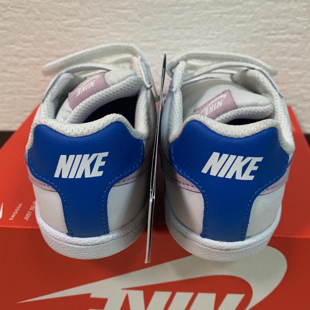 NIKE(ナイキ)の新品未使用!NIKE ナイキ スニーカー コートロイヤル キッズ キッズ/ベビー/マタニティのキッズ靴/シューズ(15cm~)(スニーカー)の商品写真