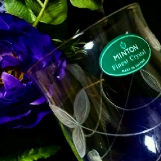 ミントン(MINTON)の【ミントン】未使用  ビクトリアストロベリー クリスタルグラス【オーストリア製】(グラス/カップ)