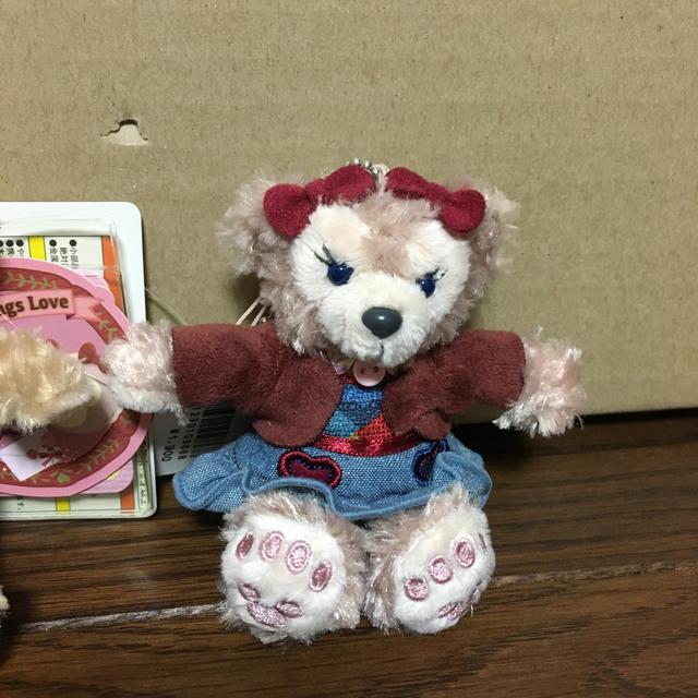 ダッフィー(ダッフィー)のTDS ダッフィー シェリーメイ お座りストラップset エンタメ/ホビーのおもちゃ/ぬいぐるみ(キャラクターグッズ)の商品写真