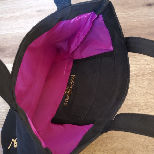 Yves Saint Laurent Beaute(イヴサンローランボーテ)の新品イブサンローラン  トートバッグ レディースのバッグ(トートバッグ)の商品写真