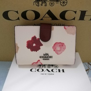 COACH - COACH コーチ 二つ折り財布 * 人気 39172