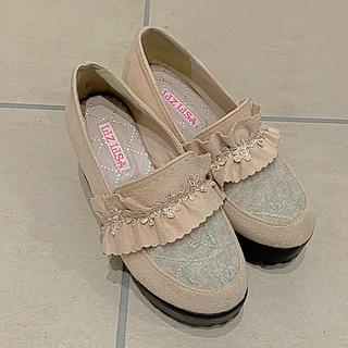 リズリサ(LIZ LISA)のフリルフラワーローファーパンプス(ローファー/革靴)