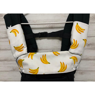 《大きなバナナ柄》抱っこ紐カバー2点セット♪(外出用品)