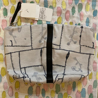 ミナペルホネン(mina perhonen)の新品・タグ付き 定価 ミナペルホネン ポーチ garden patchwork(ハンドバッグ)