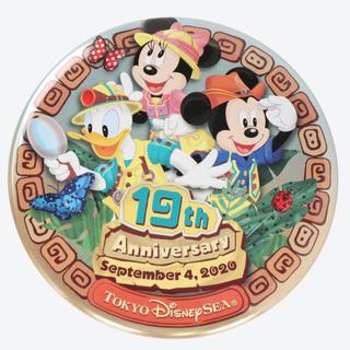 ディズニー(Disney)のラクマ最安値!ディズニーシー19周年【缶バッジ】(キャラクターグッズ)