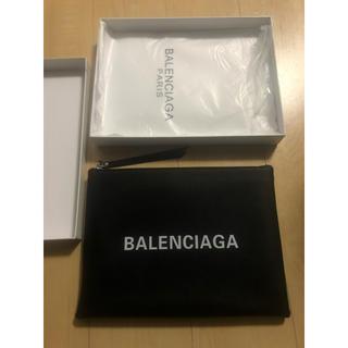 Balenciaga  クラッチバッグ ノベルティー    即日、翌日発送!