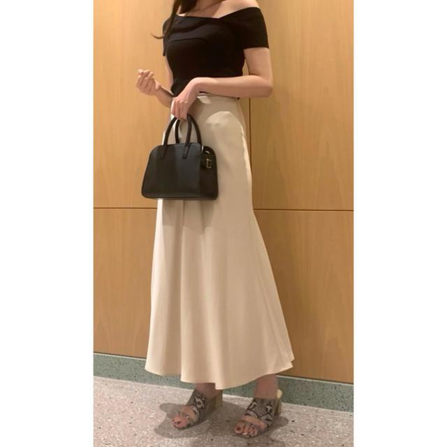 snidel(スナイデル)のサテンロングスカート レディースのスカート(ロングスカート)の商品写真