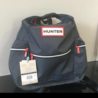 ハンター(HUNTER)の【新品タグ付】Hunterハンター トップクリップバッグパック ラージ ネイビー(リュック/バックパック)