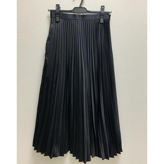 JUSGLITTY - ジャスグリッティーのサテンプリーツスカート